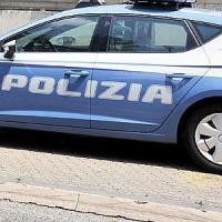 Atti sessuali con l'ex alunna minorenne, arrestato prof di religione a Palermo