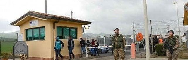 Mafia Capitale, numero di migranti gonfiato al Cara di Mineo: sei indagati