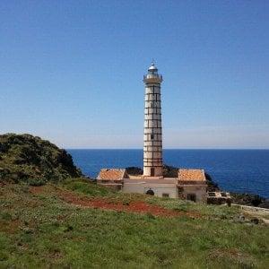 Rinascono i fari siciliani: yoga, vela, pesca e turismo con i nuovi gestori