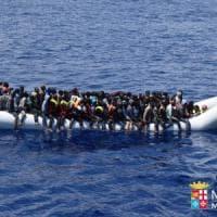 Migranti: soccorse 2100 persone, nei porti siciliani arrivano in  3500