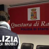 Ragusa, la polizia intercetta padre orco che massacrava di botte i figli: