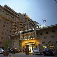 Palermo, licenziamenti all'Astoria Palace Hotel: salvi una trentina di contratti