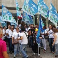 """In Sicilia un infermiere ogni 11 pazienti, scoppia la protesta in piazza: """"Sbloccate i concorsi"""""""