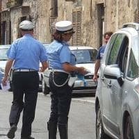 Catania, modifica la targa di un'auto multata ma è di un pm: vigile a processo