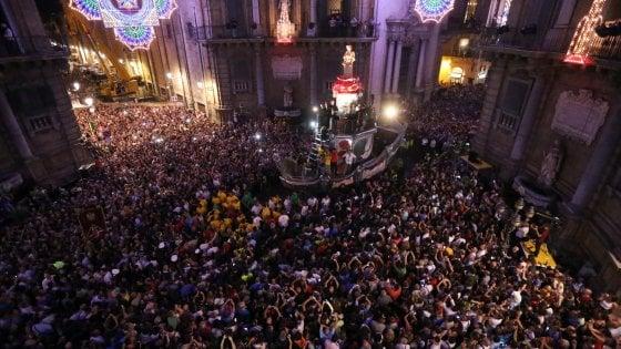Palermo: dopo il Festino in strada 40 tonnellate di rifiuti, 37 frigoferi lasciati dai venditori abusivi