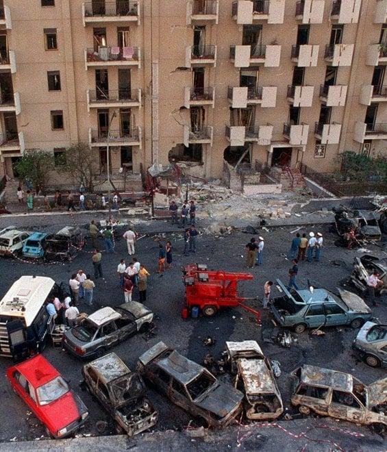 19 luglio 1992 via D'Amelio dopo l'esplosione
