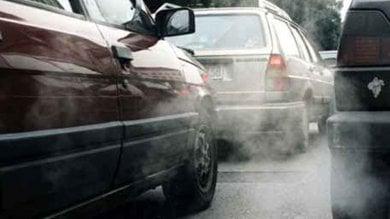 Lo smog assedia il centro storico l'allarme del Comune