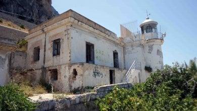 Palermo, progetto del Comune Un museo nel faro di Capo Gallo  foto