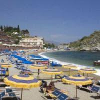 Concessioni, stop alle gare per spiagge e lidi: il Tar blocca la norma dell'Ue