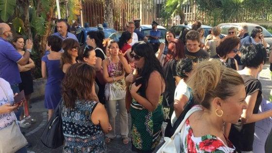 Scuola: errori nei trasferimenti, a Palermo protesta in provveditorato