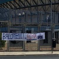 Il Palermo cerca una punta, accordo con Diamanti. E i tifosi sognano Balotelli