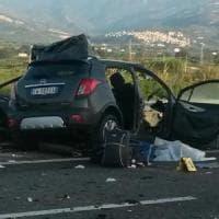 Auto contro Tir in Calabria, sterminata famiglia di un siciliano