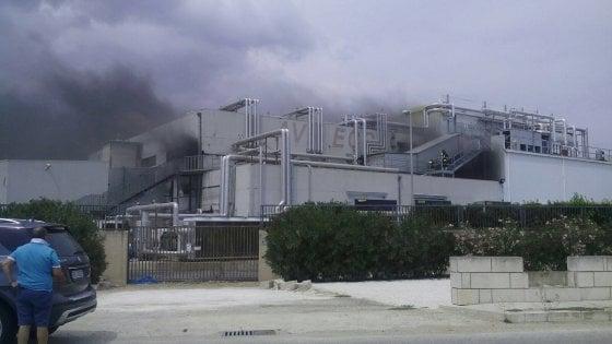 Modica, sequestrato lo stabilimento avicolo distrutto dalle fiamme