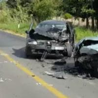 Scontro fra tre auto sulla Pa-Ag. Automobilista travolto mentre ripara gomma