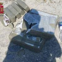 Messina: 23 chili di marijuana nascosti in spiaggia sotto la sabbia