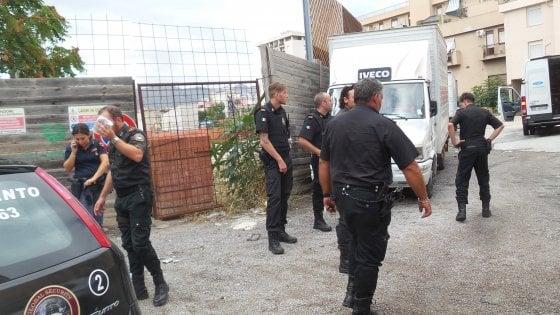 Palermo: assalto a furgone tabacchi, Polizia su tracce dei rapinatori scappati