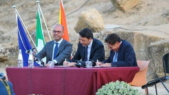 Renzi e Crocetta firmano il Patto per la Sicilia ad Agrigento