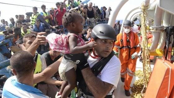 Migranti, più di mille salvati solo oggi