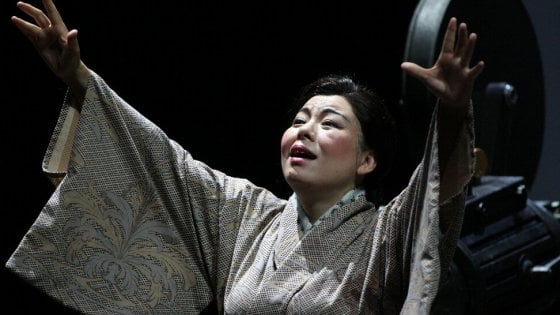 La diretta della butterfly del teatro massimo sul sito for Sito repubblica