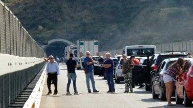 Incidente sull'autostrada Palermo-Messina lunghe code fra Castelbuono e Pollina  foto
