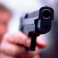 Rapina in banca a Palermo, metronotte picchiato e disarmato