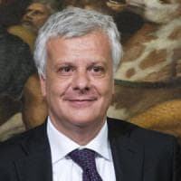 Rifiuti in Sicilia, il ministro Galletti lancia l'allarme: