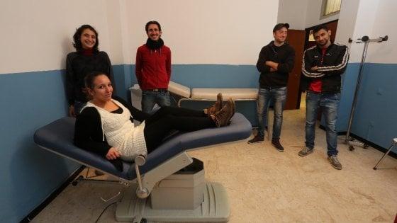 Palermo, a Borgo Vecchio apre l'ambulatorio gratuito con medici volontari