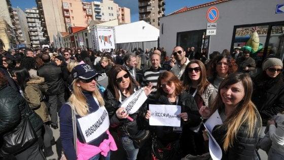 """Almaviva: i lavoratori scrivono a Renzi: """"Ridateci la dignità"""""""
