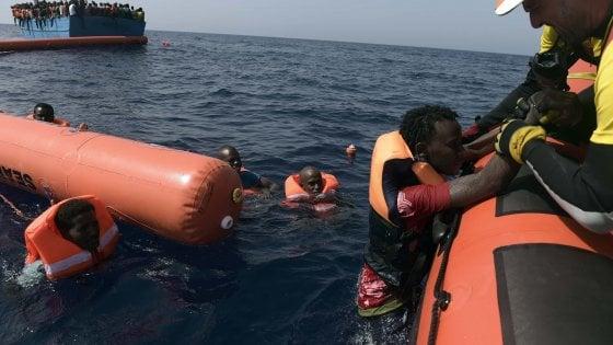 Tratti in salvo oltre 4600 migranti nel Canale di Sicilia, 28 i morti