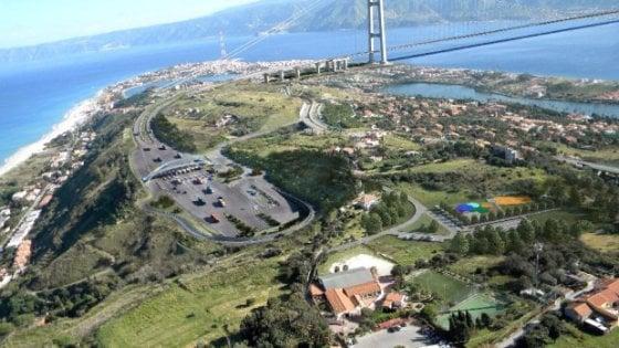 """Ponte Stretto, Delrio alla Camera: """"E' solo una delle ipotesi, priorità è unire il Sud al resto del Paese"""""""