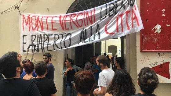 """Occupato il teatro Montevergini: """"Restituiamolo alla città"""""""