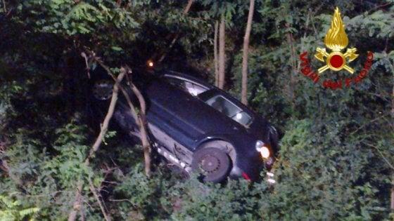 Auto in un dirupo nel Palermitano, due vittime e due feriti gravi