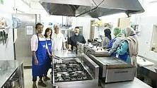 Donne migranti a scuola  di cucina siciliana