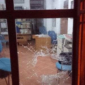 Palermo, vandalizzata la sede di Rifondazione comunista