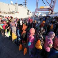 Migranti, quasi 3mila in arrivo tra Messina, Siracusa e Palermo. A bordo