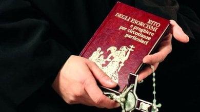 """Esorcismi """"hot"""", arrestati restano in carcere i cappuccini: """"Un danno all'ordine"""""""