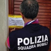 Ragusa, chiusa l'ennesima casa a luci rosse: era gestita da un trans brasiliano