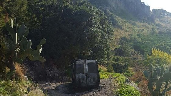 Rinvenuto cadavere carbonizzato nelle campagne tra Villabate e Ciaculli