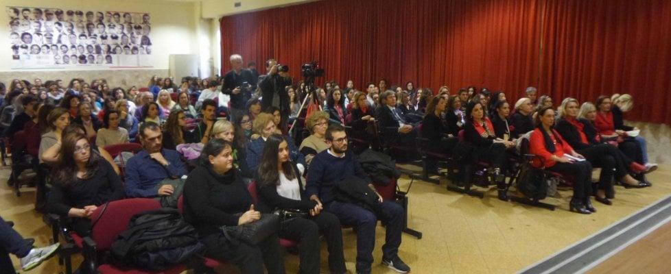 Palermo il liceo umberto ricorda carmela petrucci uccisa for Liceo umberto palermo