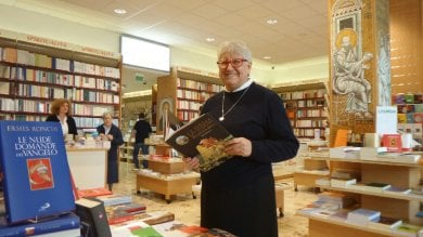 Weekend tra i libri  Rivedi FbLive  i consigli di lettura delle Paoline