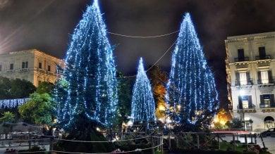 Foto  Nelle piazze spuntano gli alberi Palermo addobbata a festa per il Natale