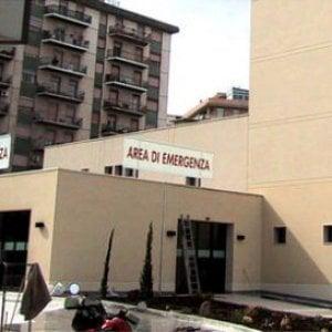 Blitz dei Nas nei pronto soccorso di Palermo e Agrigento: pazienti in barella nei corridoi al Civico