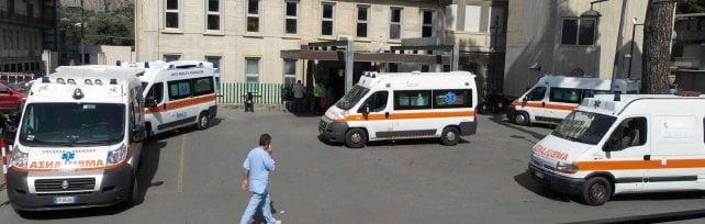 Palermo, caos nei pronto soccorso in arrivo nuove barelle e operatori del 118