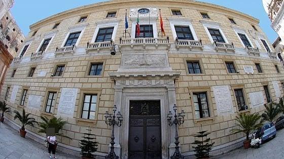 Mazzette in cambio dello sconto sulla Tares, 69 anni di carcere