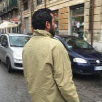"""Mansur, il collezionista di """"fogli di via"""" """"Il mio sogno? Diventare un siciliano"""""""