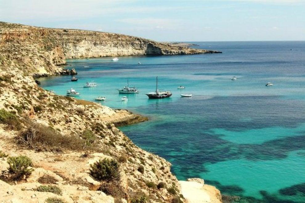 Lampedusa la spiaggia dei conigli proclamata da for Disegni di case dei caraibi