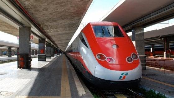 """Ferrovie, Vicari risponde ai pendolari: """"Il raddoppio della Palermo-Catania continua, nel 2027 sarà pronto"""""""