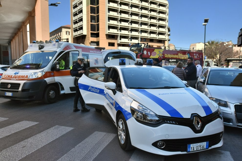 Palermo: donna investita in piazza Sturzo