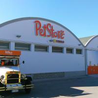 A Palermo il primo supermercato per animali, spazio alla raccolta per i