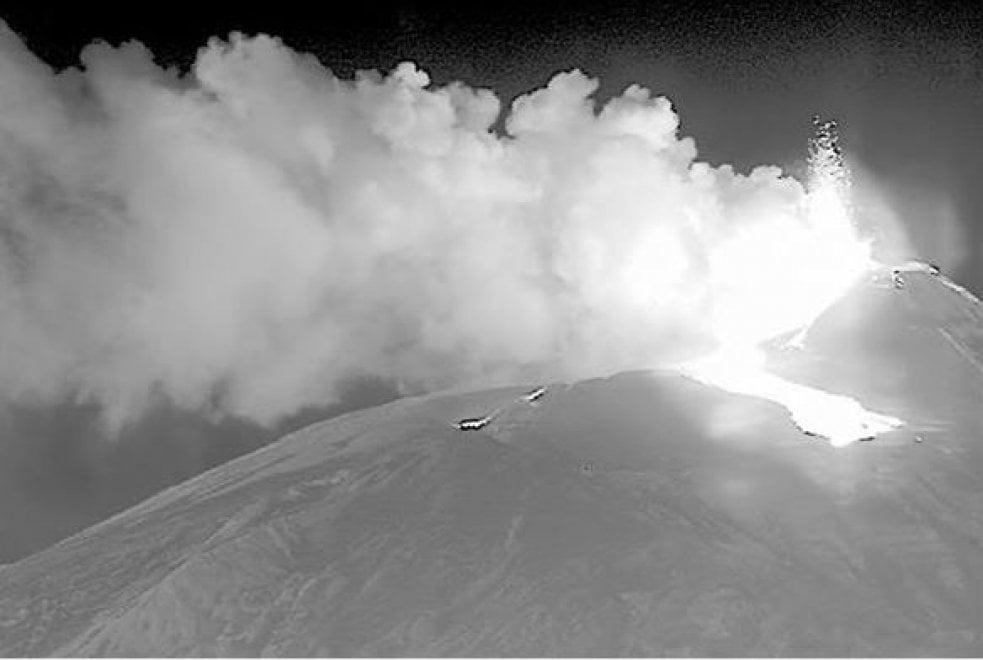 Etna, le immagini a infrarossi scattate dalla marina britannica